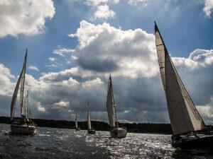 regaty żeglarskie imprezy firmowe